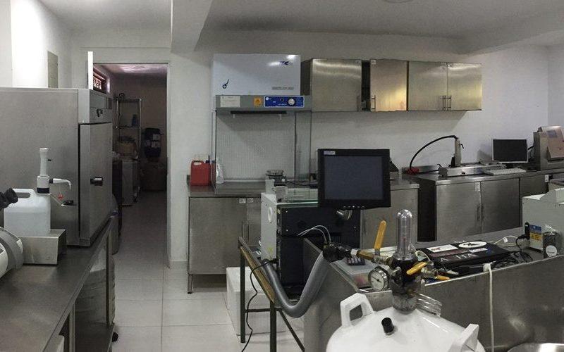 Reprovet-laboratorio-congelacion-semen-bovino-1000x500